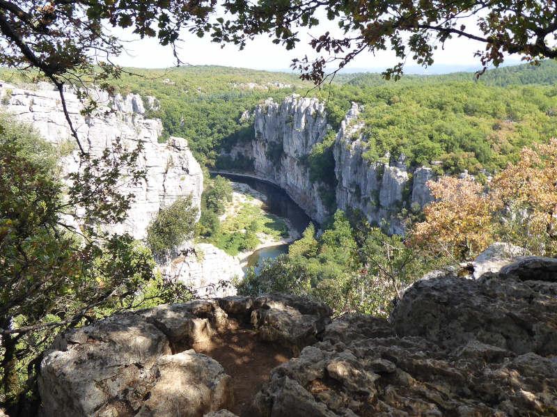 Vue sur la rivière du Chassezac Sud-ardèche
