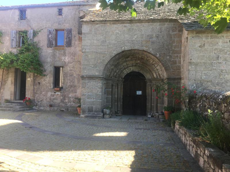 Montselgues église charme